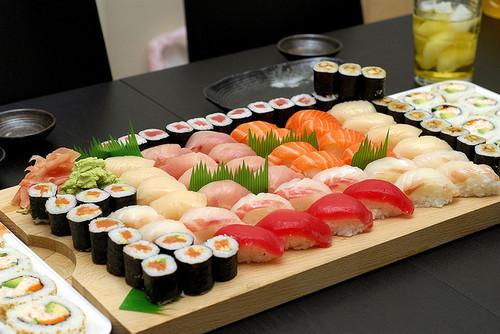 Beautiful-Sushi-sushi-38873161-500-334