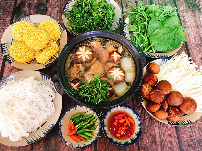 thuc-don-dat-tiec-outside